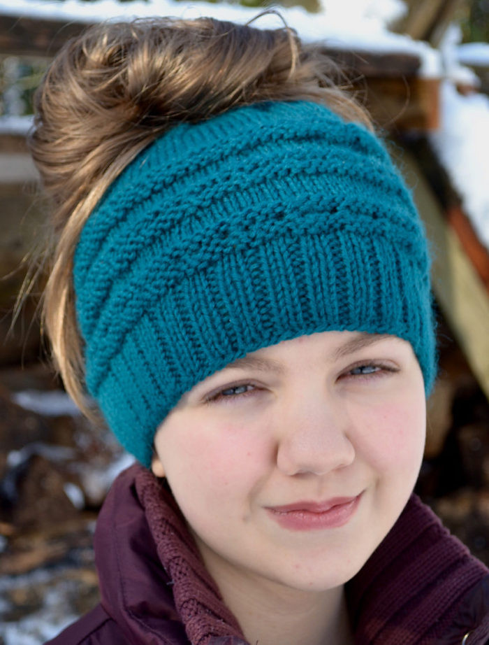 Lovely Messy Bun and Ponytail Hat Knitting Patterns Knitted Messy Bun Hat Of Luxury 50 Models Knitted Messy Bun Hat