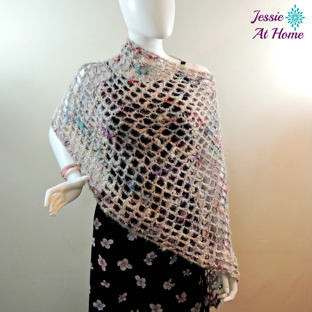 Phoebe Poncho quick and easy summer crochet pattern