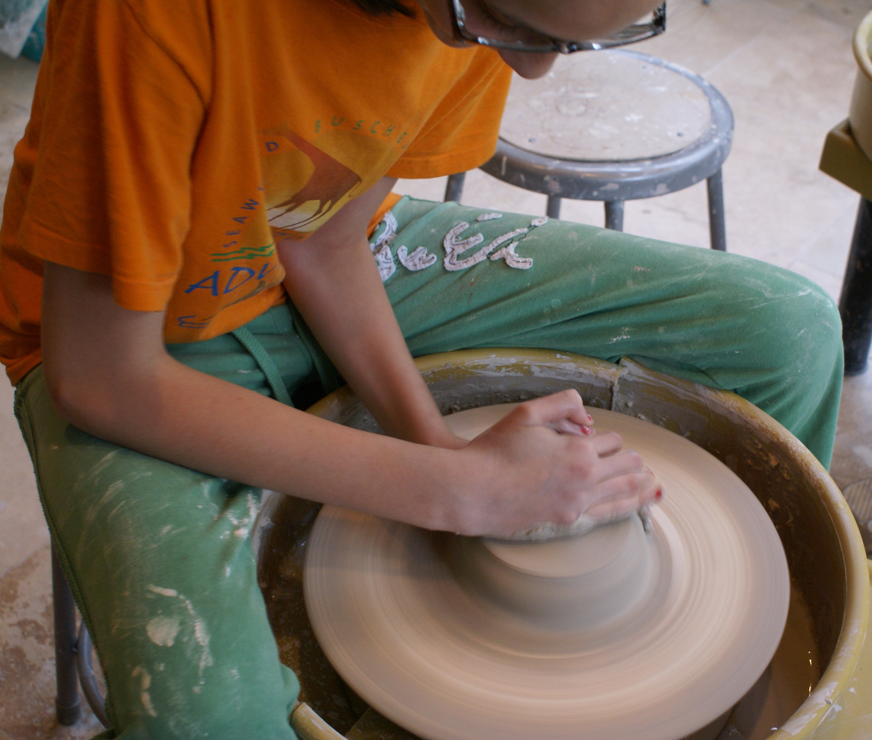 Lovely Pottery the Center On Central Your Home for Creative Clay Pottery Wheel Of Superb 47 Pictures Clay Pottery Wheel