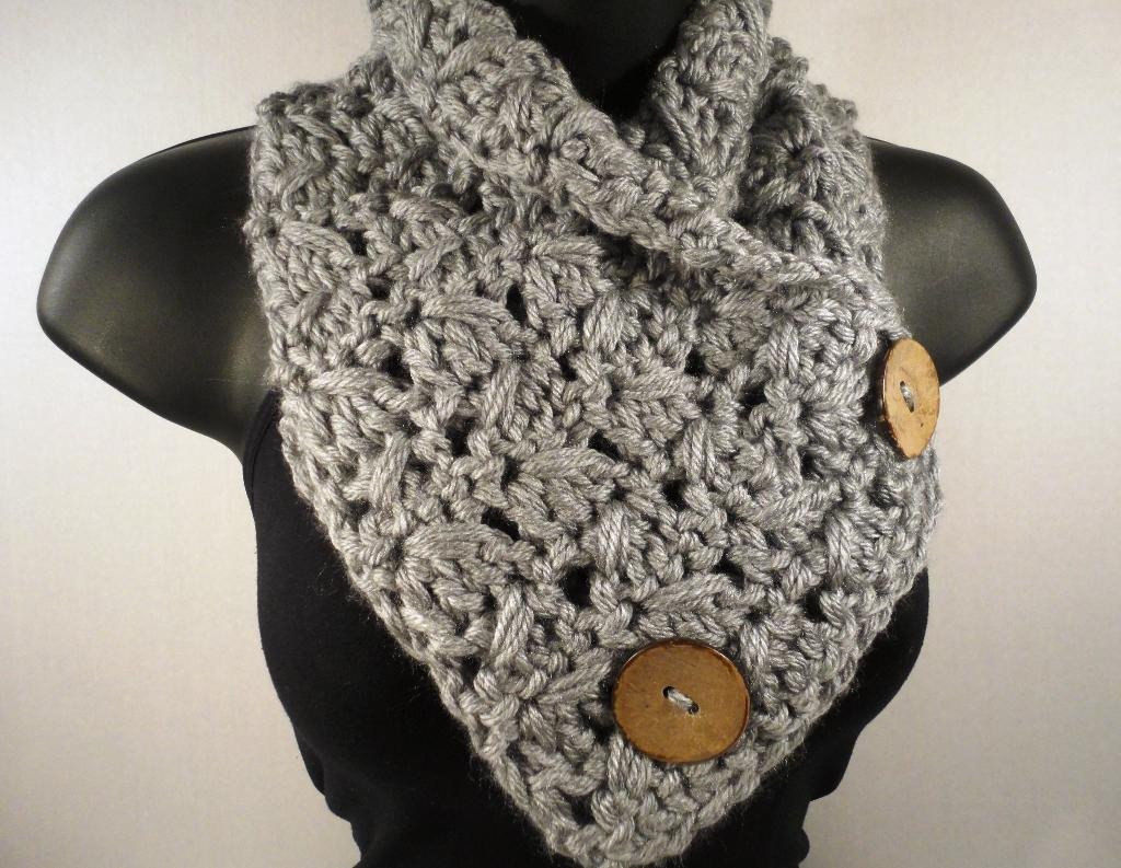 Scarf Cowl Button Scarf Spike Pattern by DVillamaino
