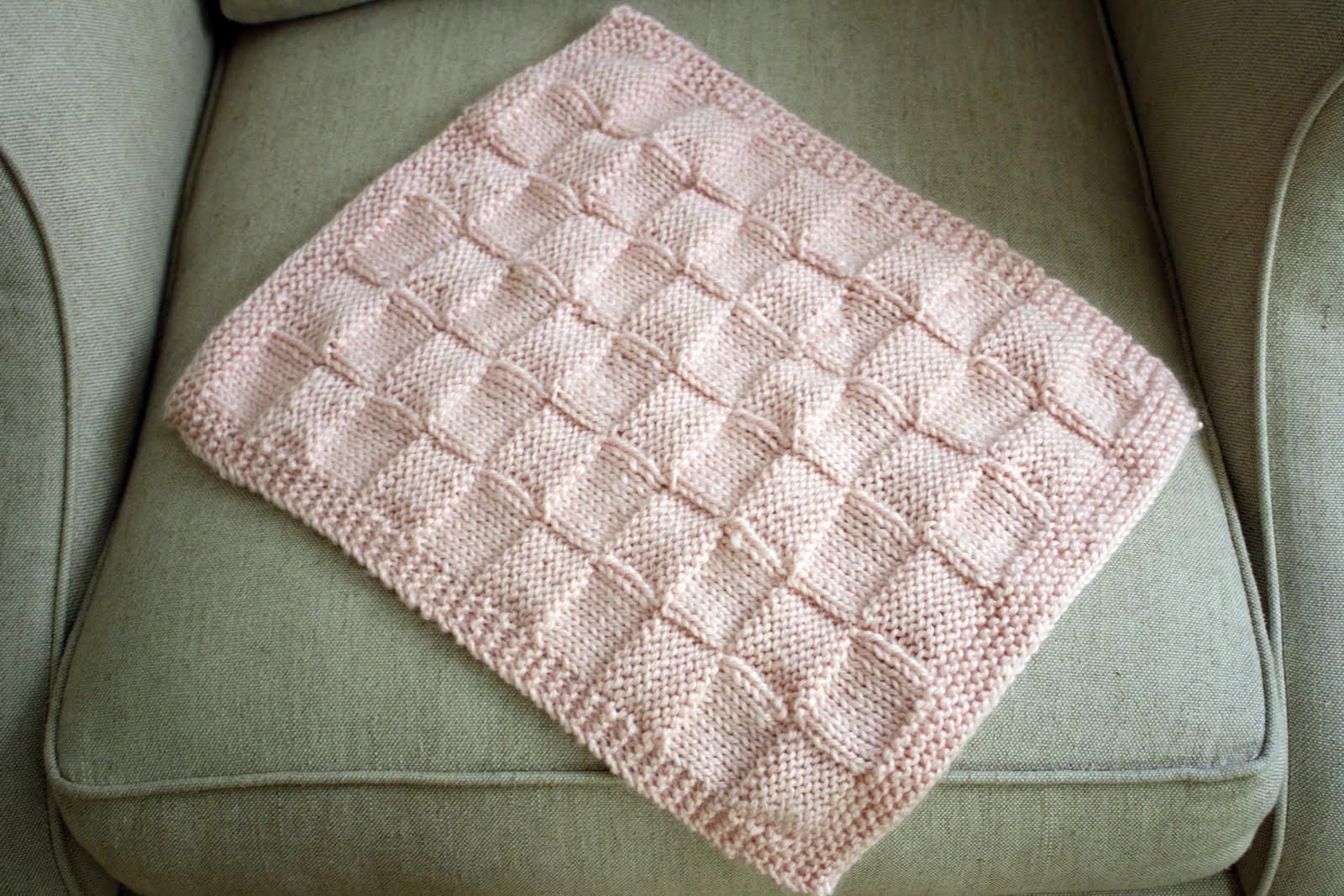 Lovely Sew Grown Knitted Doll Blanket Baby Doll Blankets Of Adorable 37 Images Baby Doll Blankets