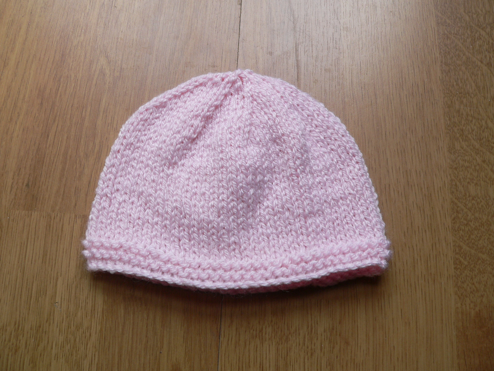 Lovely Simply Adorable 15 Super Cute Knitted Newborn Hats Knitting Baby Hats for Hospitals Of Beautiful 50 Pics Knitting Baby Hats for Hospitals