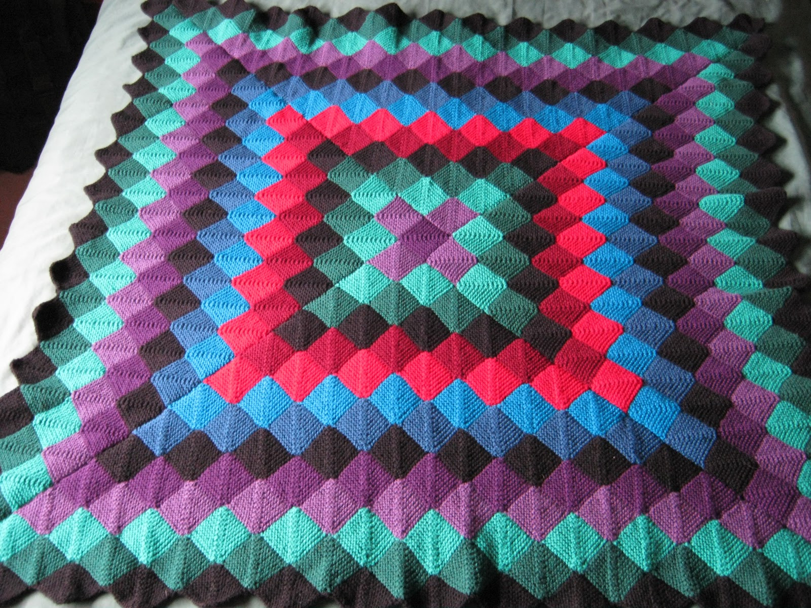 Lovely Sixties Spirit More Mitred Square Knitting Two Throws Knitted Square Patterns Of Lovely 50 Models Knitted Square Patterns