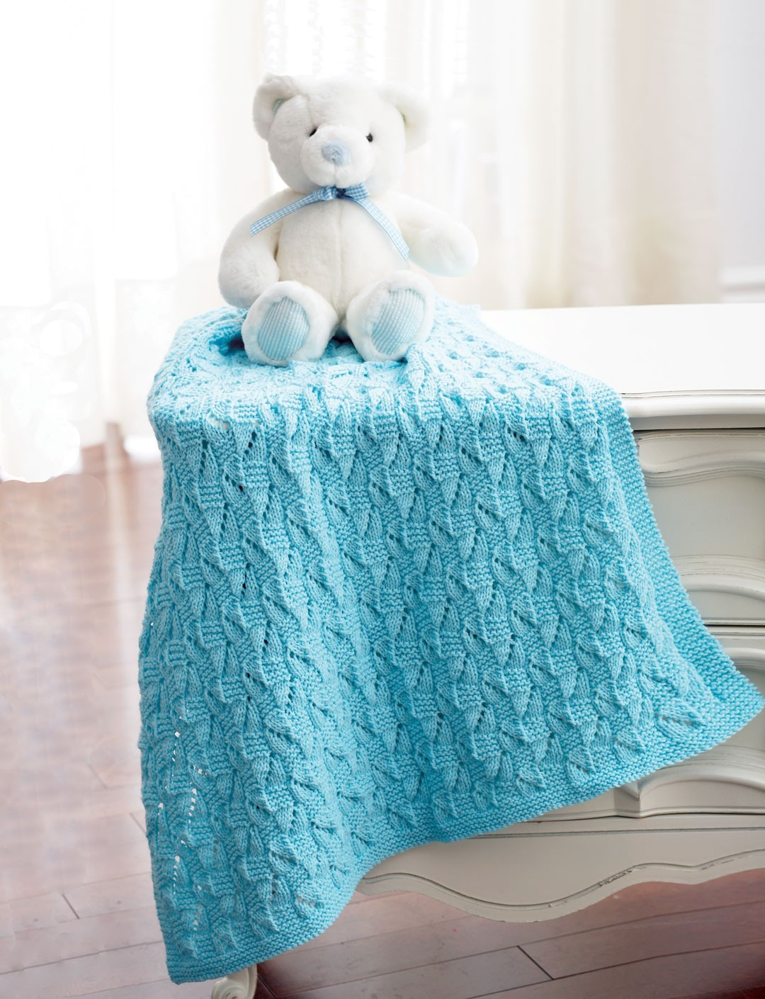 Lovely Staggered Squares Blanket In Bernat Baby Sport Bernat Baby Blanket Knitting Patterns Of Charming 43 Models Bernat Baby Blanket Knitting Patterns
