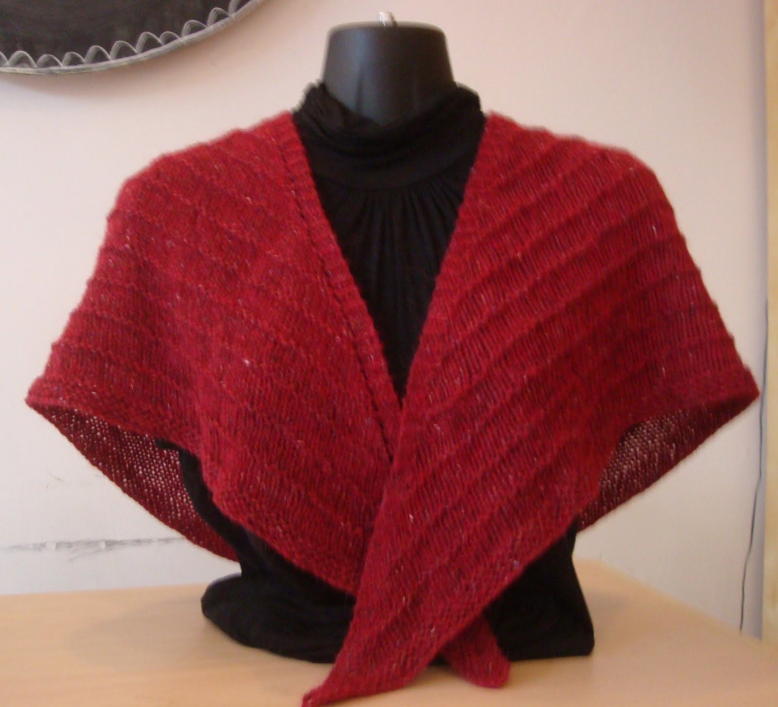 Lovely Triangle Shawl Free Pattern Design Patterns Triangle Shawl Of Lovely 41 Pics Triangle Shawl