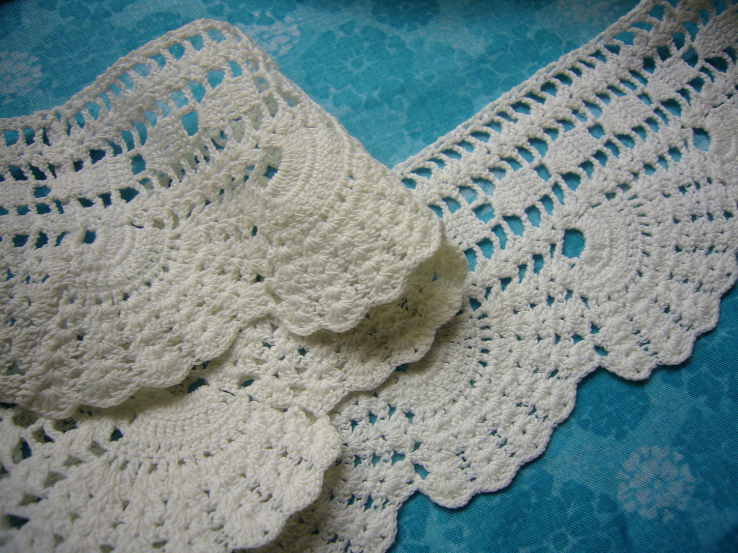 Vintage SeaShell pattern hand crochet lace trim for sewing