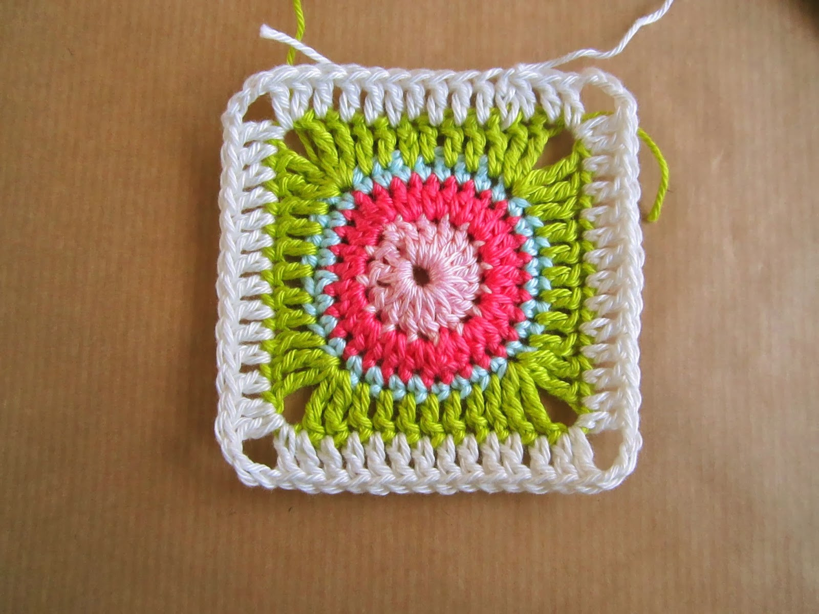 Luxury Color N Cream Crochet and Dream Circle In Square Tutorial I Granny Square Tutorial Of Charming 40 Ideas Granny Square Tutorial