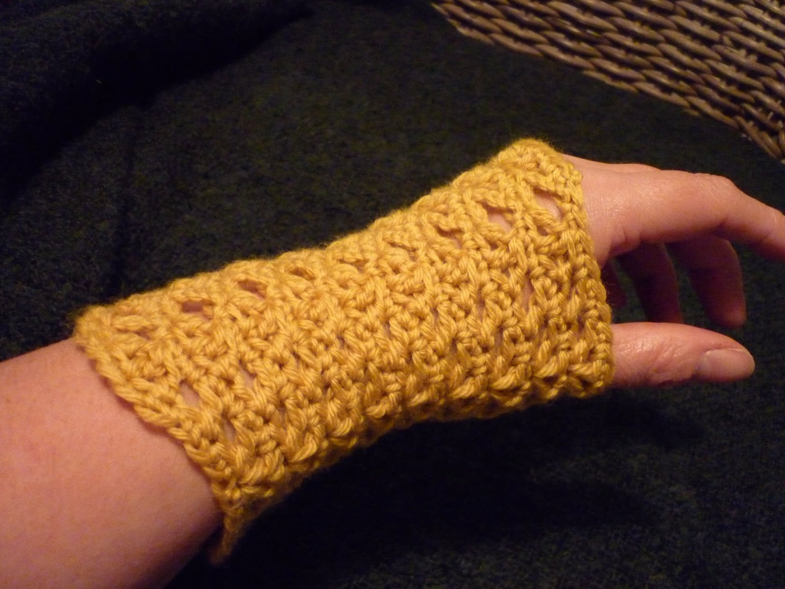Luxury Colour In A Simple Life Wrist Warmers Anyone Wrist Warmers Crochet Pattern Of Lovely 50 Models Wrist Warmers Crochet Pattern