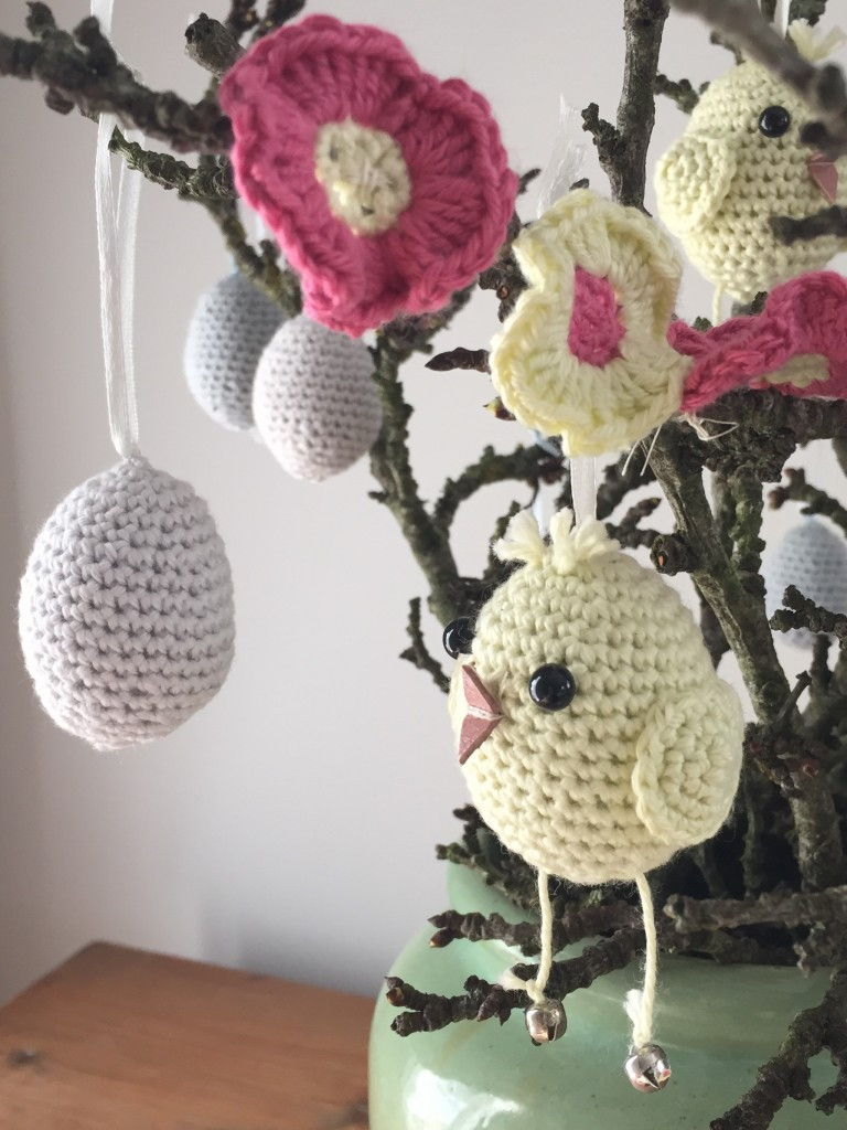 Crochet Club Easter garland • LoveCrochet Blog