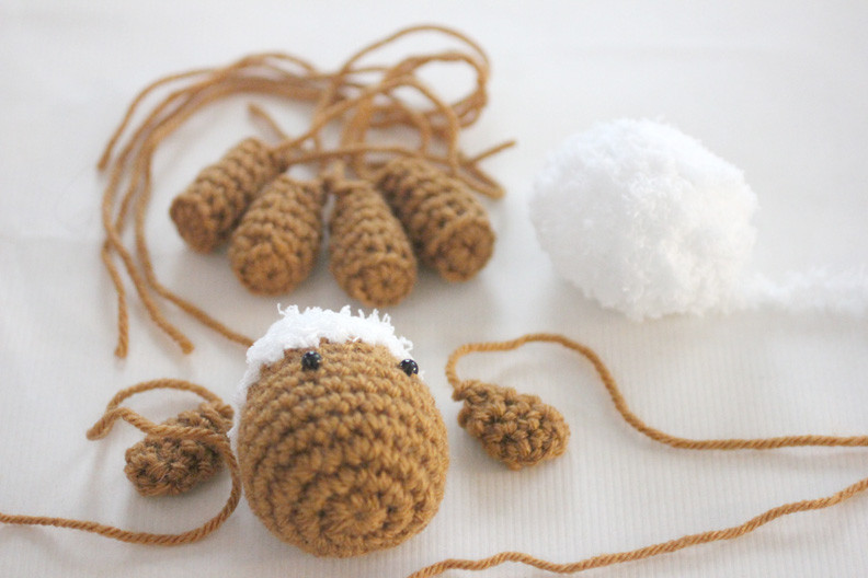 Luxury Crochet Lamb Pattern and Baby Mobile Repeat Crafter Me Crochet Baby Mobile Of Amazing 42 Ideas Crochet Baby Mobile