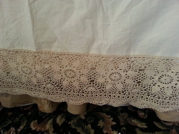 Luxury Crocheted Lace King Size Antique Bed Skirt by Crochet Bed Skirts Of Gorgeous 41 Pics Crochet Bed Skirts