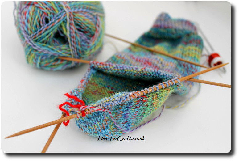 easy knitting socks