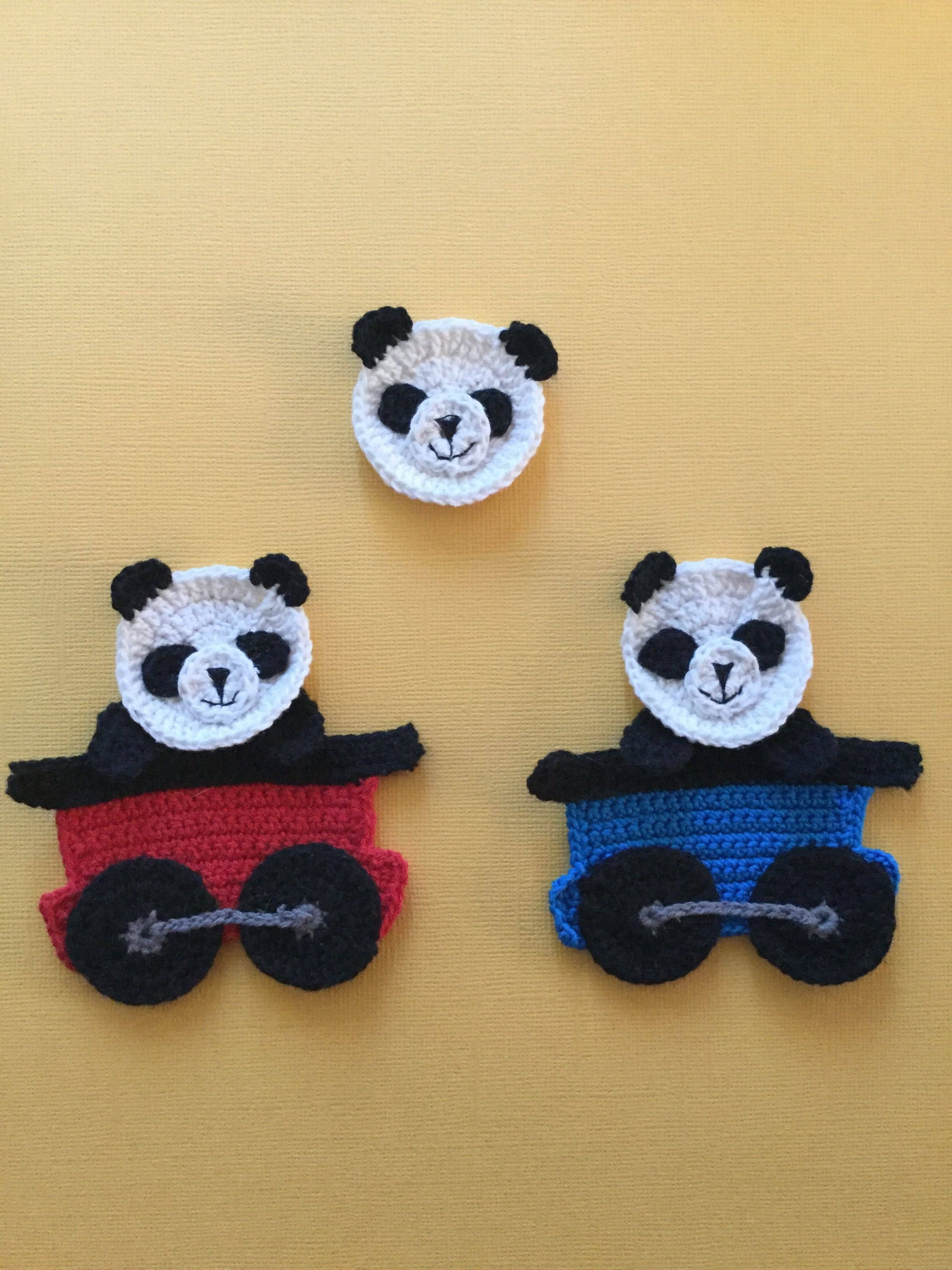 Luxury Finished Crochet Panda Group Portrait Yellow Background Crochet Group Of Amazing 46 Pictures Crochet Group