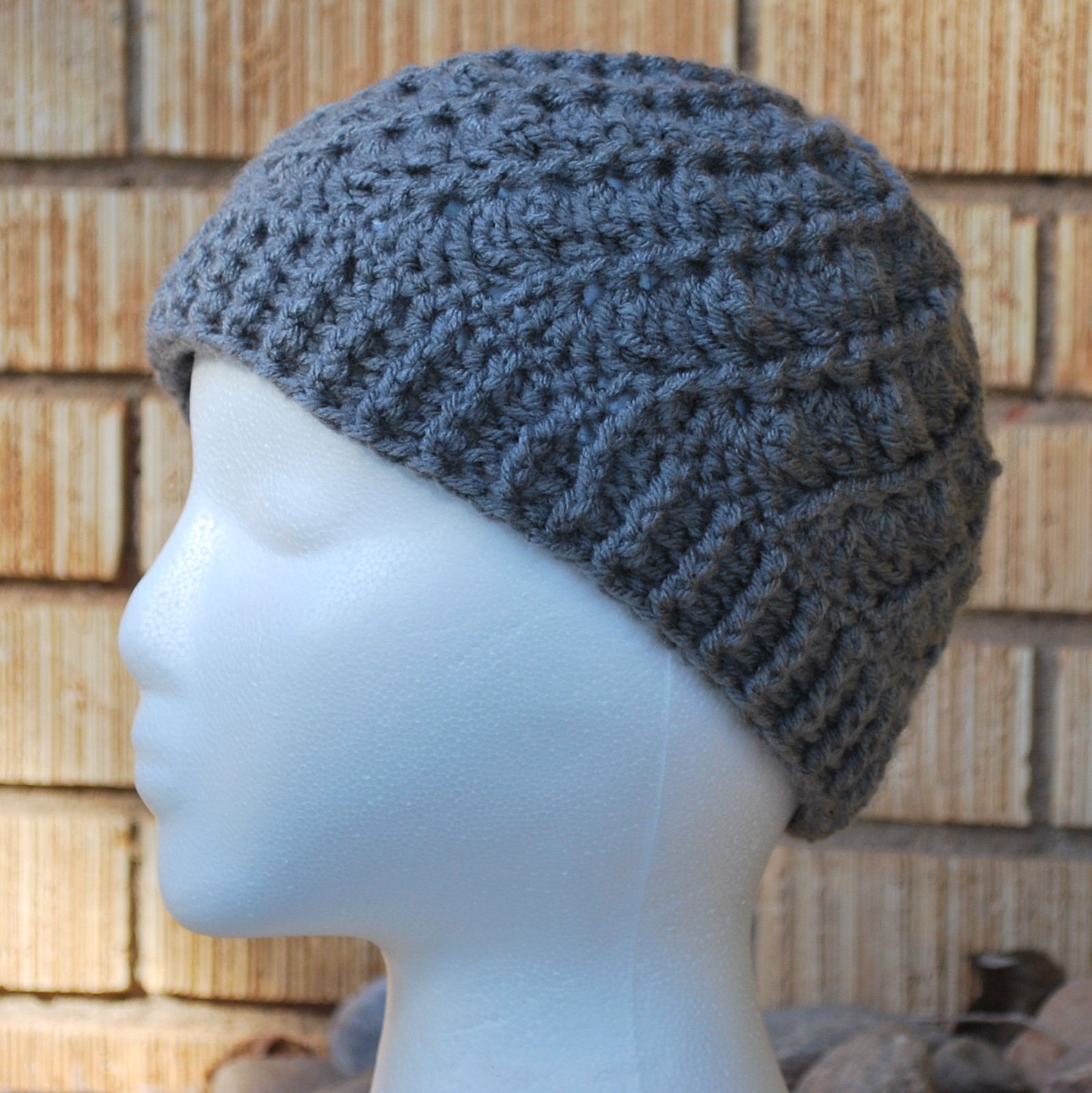FREE ADULT BEANIE CROCHET PATTERN Crochet and Knitting