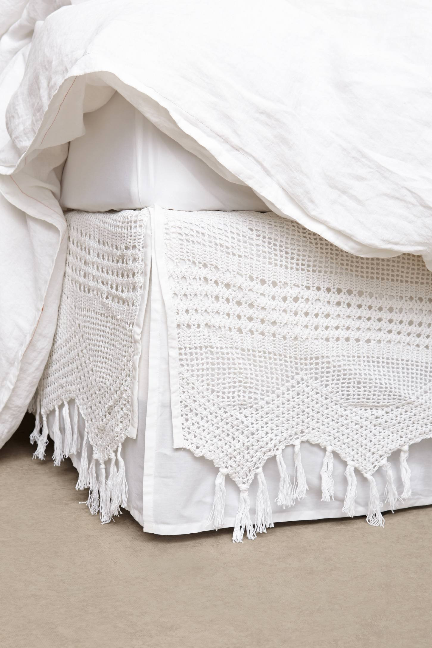 Luxury Fringe Crochet Bedskirt Crochet Bed Skirts Of Gorgeous 41 Pics Crochet Bed Skirts