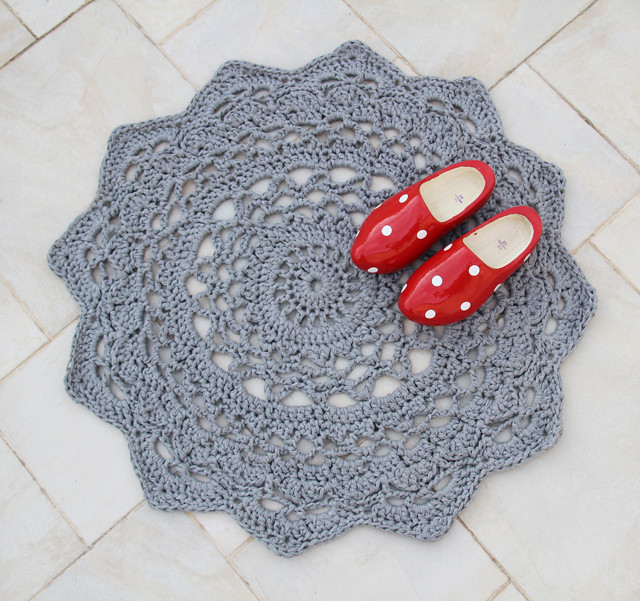 Luxury Giant Crocheted Doily Rug Pattern – Allcrafts Free Crafts Crochet Rug Patterns with Yarn Of Great 50 Images Crochet Rug Patterns with Yarn