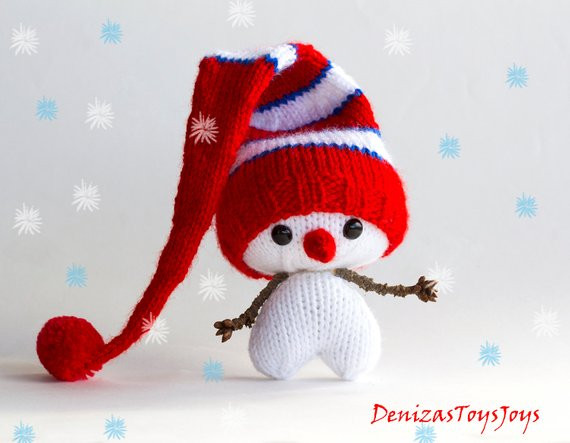Hearty Snowman pdf knitting pattern Knitted in the round