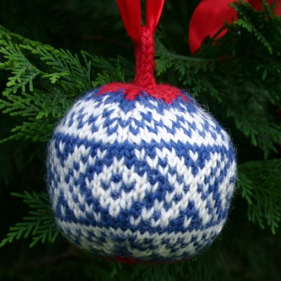 knitted christmas ornament patterns