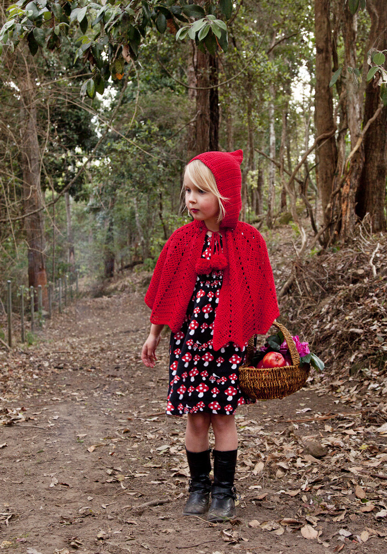 Luxury Little Red Riding Hood Crochet Cape Red Riding Hood Cape Pattern Of Charming 43 Pictures Red Riding Hood Cape Pattern