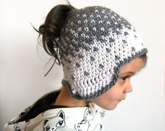 Messy bun hat beanie crochet ponytail hat knit bun wool