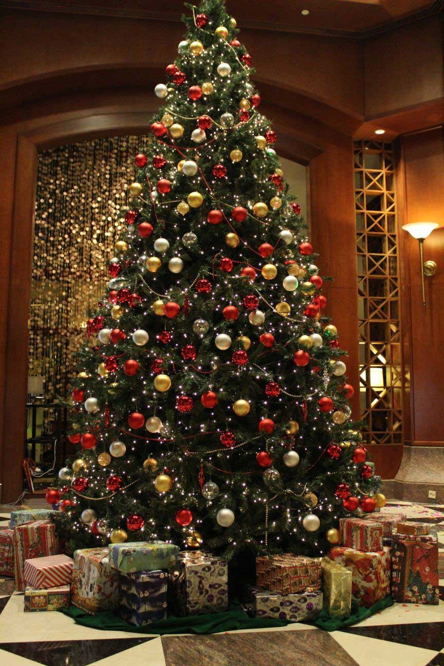 "Luxury ""christmas In A Muslim Country the Ghost Of Christmas Christmas Tree Balls Of Wonderful 50 Pictures Christmas Tree Balls"