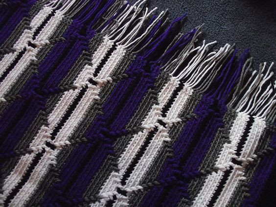 Ravelry Navajo Indian Diamond Pattern Afghan pattern by