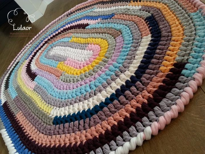SALE on all the rugs Crochet oval rug t shirt yarn by