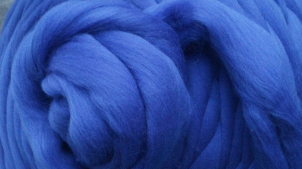 Sapphire Blue Merino Wool Top Roving Spin into Yarn