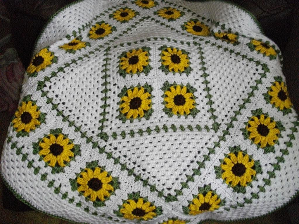 Luxury Sunflower Lapghan by Wendi Cusins Craftsy Sunflower Crochet Blanket Of Elegant Hand Crocheted Sunflower Granny Square Blanket Afghan Throw Sunflower Crochet Blanket