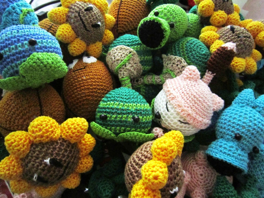 the most adorable crocheted gamer goo s