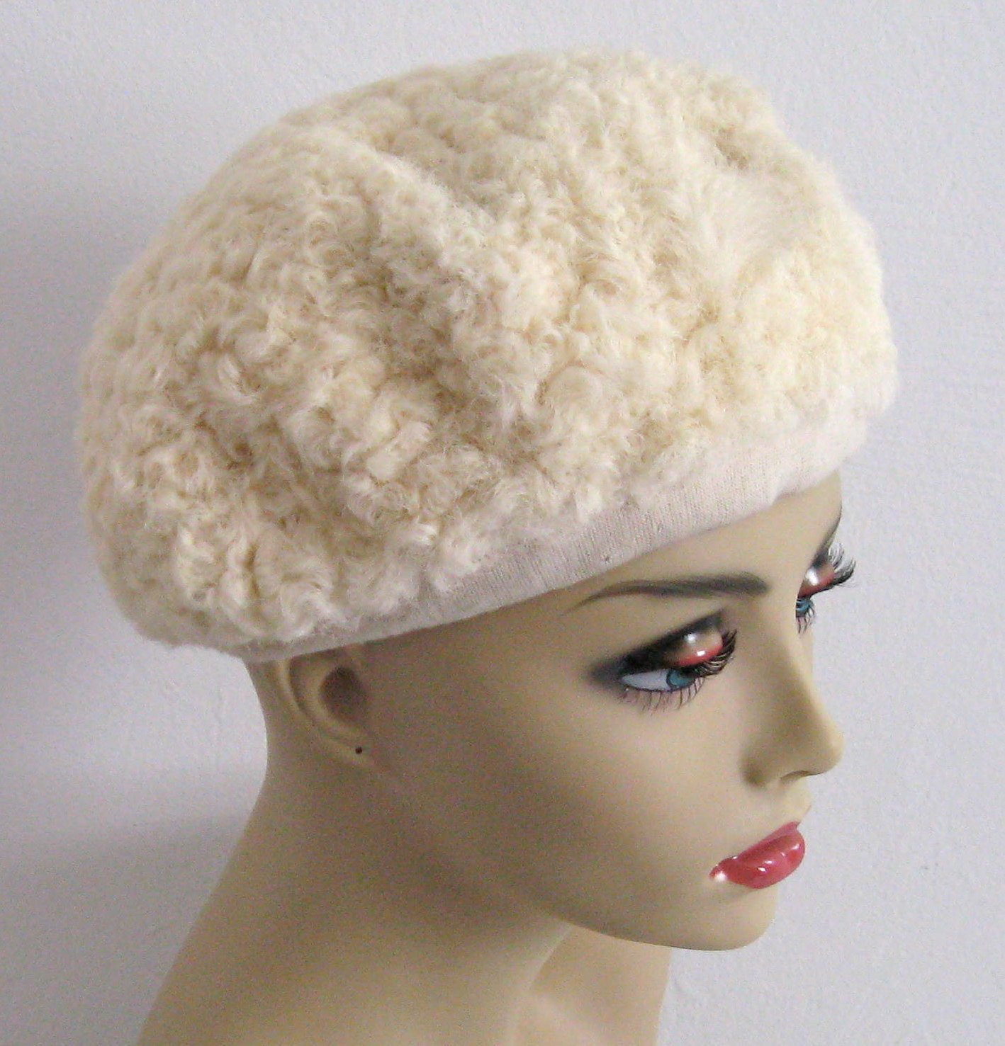 Luxury Vintage Cream Persian Lamb Hat by Lord & Taylor 1950s Lamb Hat Of Awesome 46 Images Lamb Hat