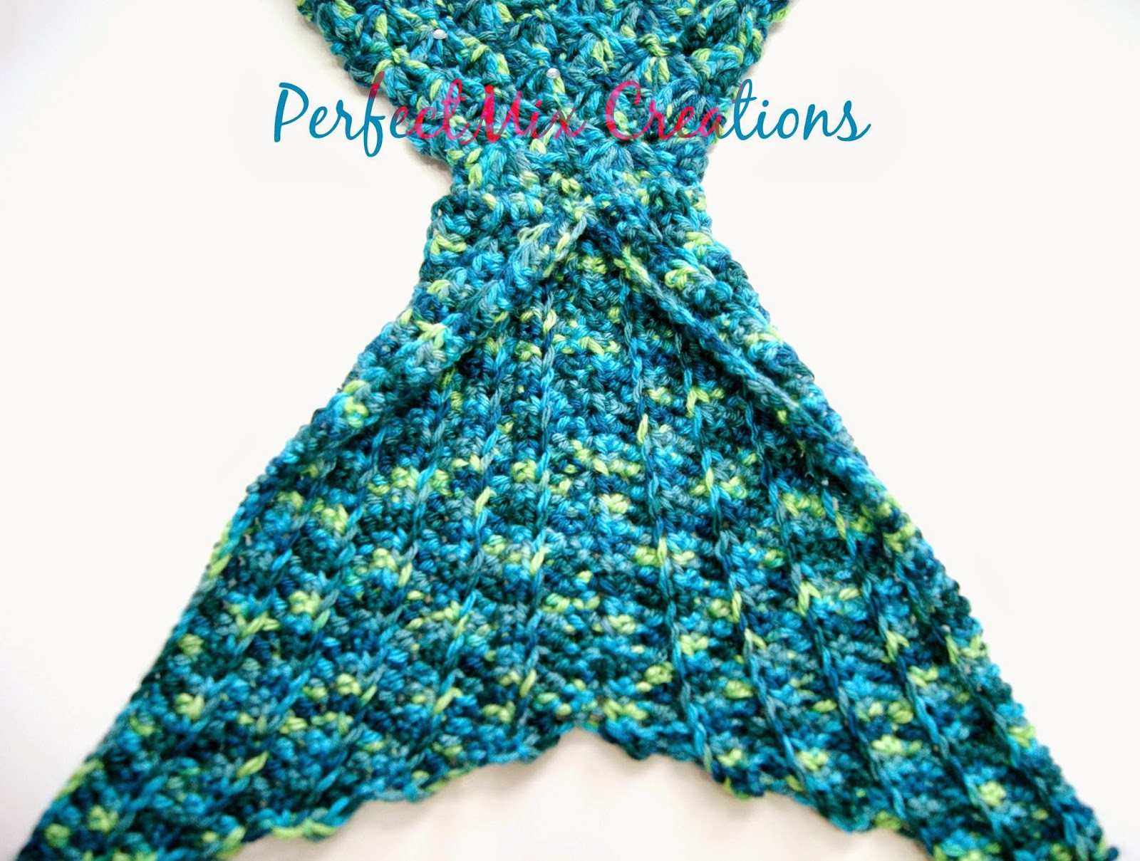 Mermaid Blanket Pattern Luxury Mixin It Up with Daperfectmix Crochet Mermaid Tail Fin Of Adorable 42 Pics Mermaid Blanket Pattern