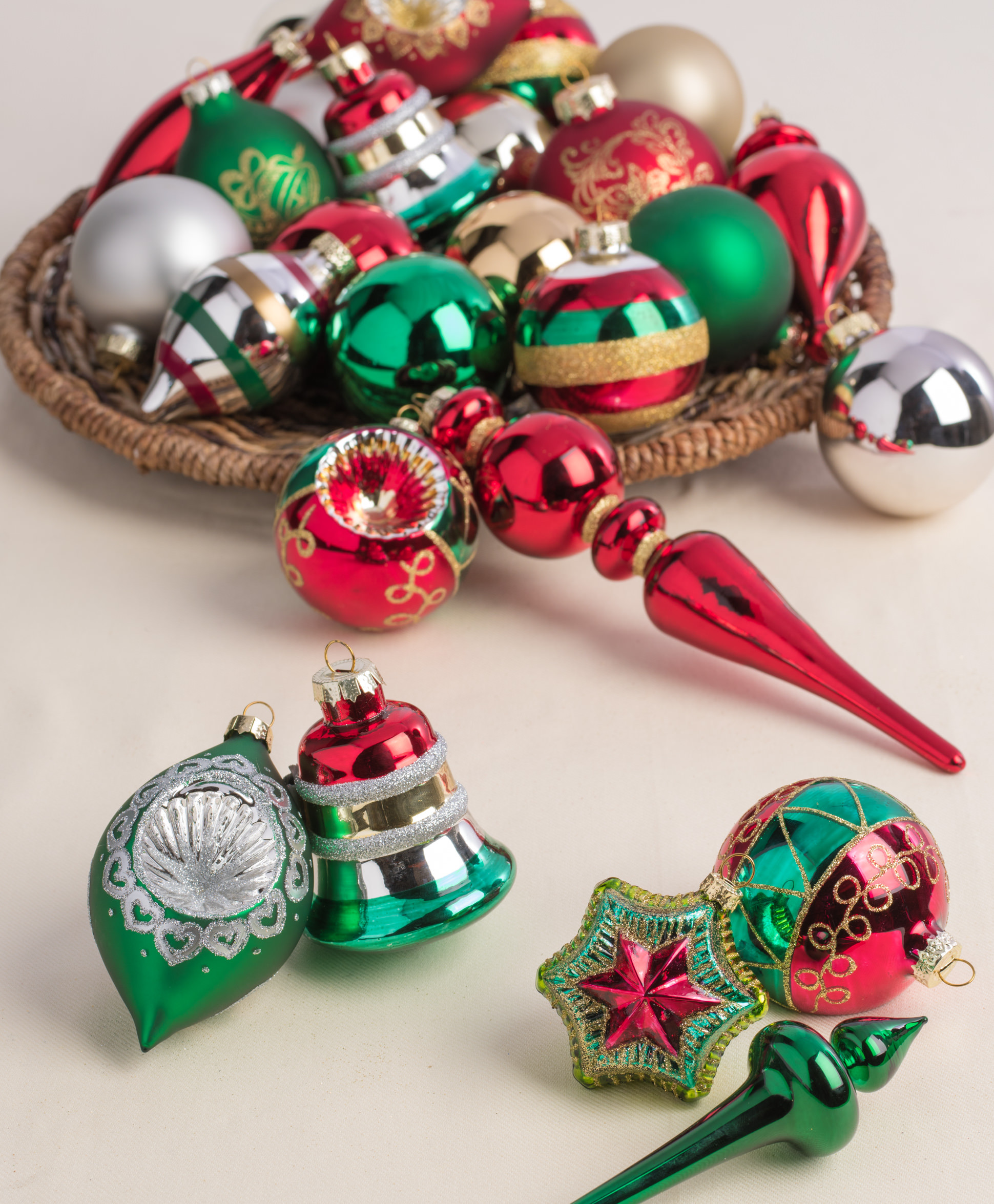 Merry & Bright Ornament Collection