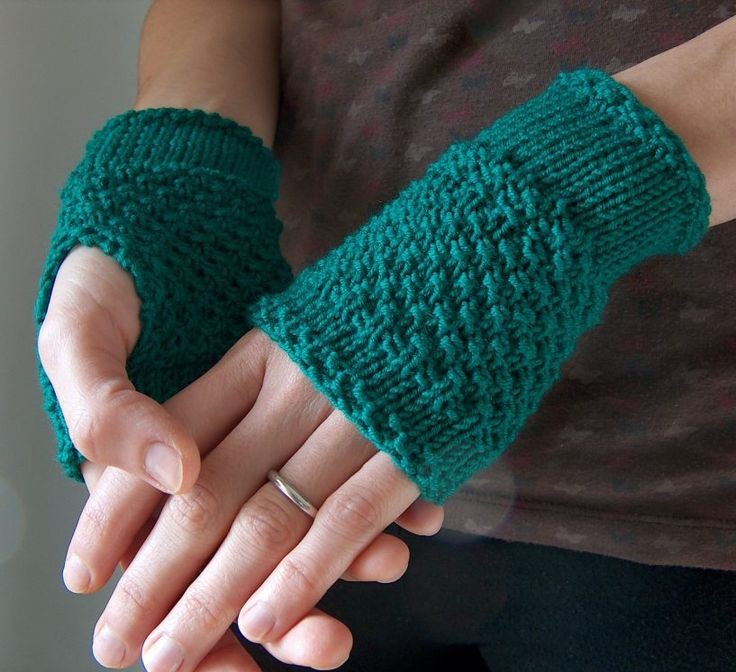 New 1000 Images About E Skein Knitting Patterns On Knitted Fingerless Mittens Of Luxury 48 Images Knitted Fingerless Mittens