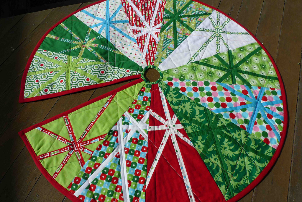 New 8 the Finished Christmas Tree Skirt Free Tree Skirt Patterns Of Brilliant 44 Pics Free Tree Skirt Patterns