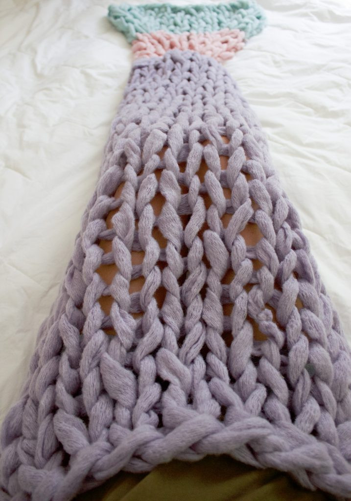 New Arm Knit Mermaid Blanket Free Pattern Knitted Mermaid Blanket Of Great 41 Images Knitted Mermaid Blanket
