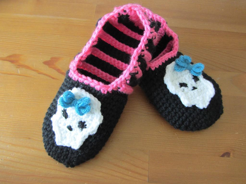 New Crochet Monster High Slippers by Zcreations Craftsy Crochet Monster Slippers Of Awesome Flamingo Slippers Crochet Monster Slippers Crochet Monster Slippers