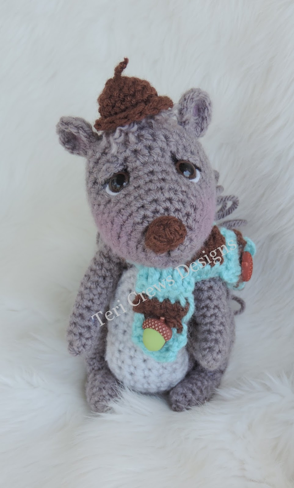 new cute squirrel crochet pattern