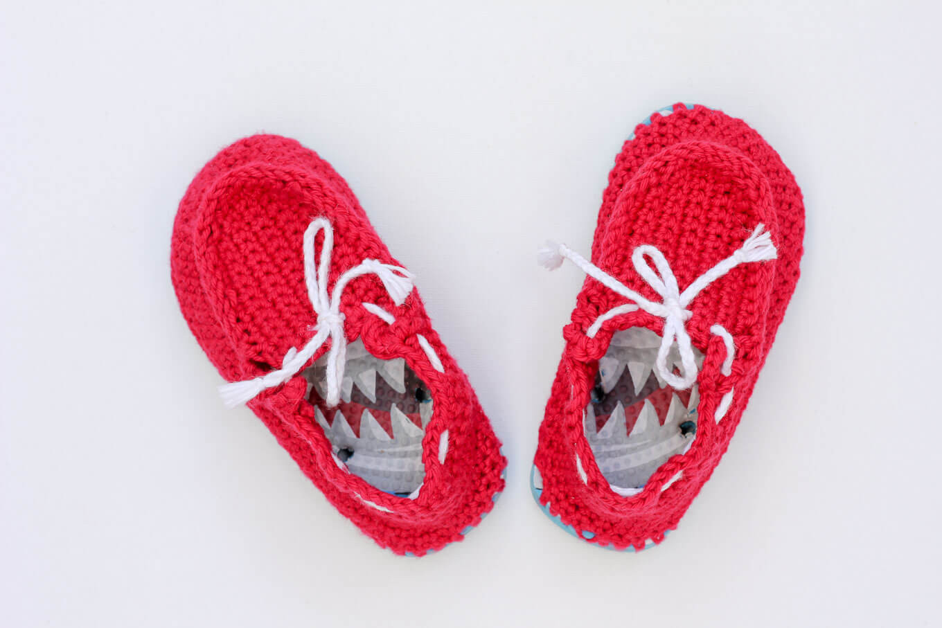 """Crochet toddler """"boat shoe"""" slippers with flip flop soles"""