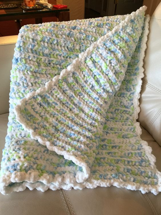 Crocheted baby quilt with Bernat baby blanket yarn
