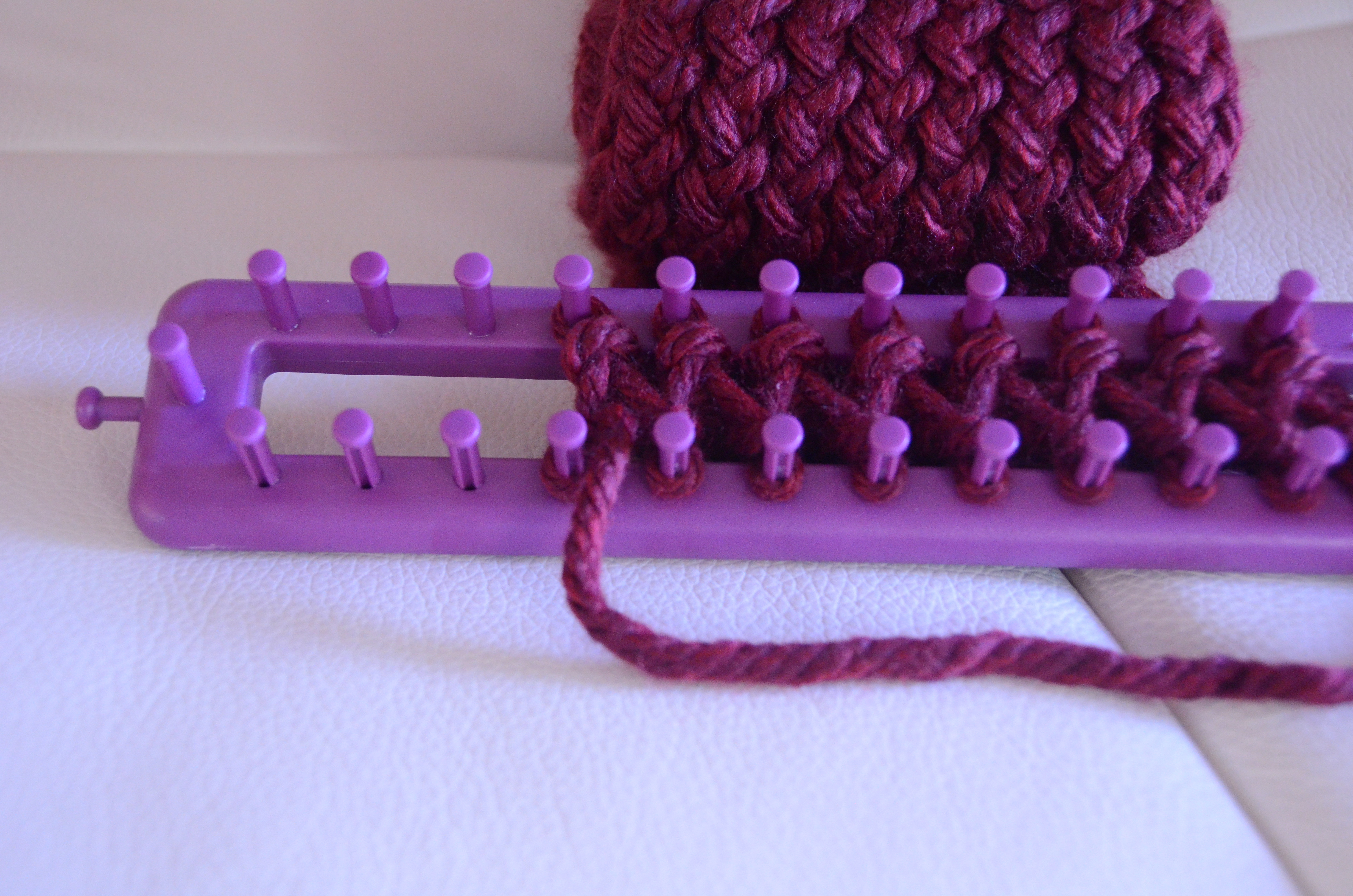 DIY How to finish a scarf on a knitting loom step by