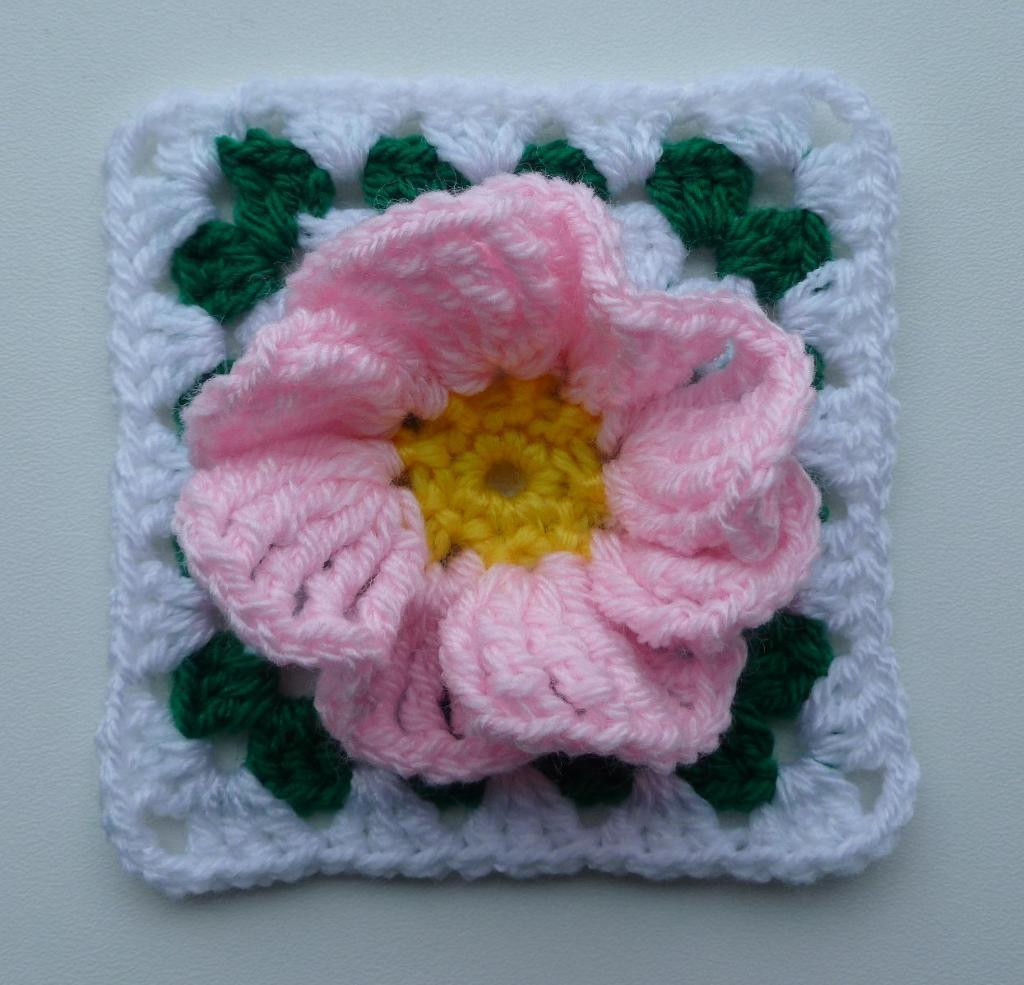 New Flower In Granny Square 2 by Luba Davies Craftsy Crochet Flower Square Of Brilliant 47 Models Crochet Flower Square