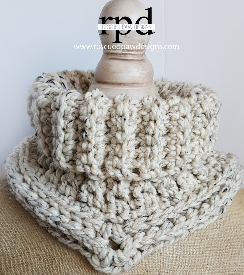 Free Crochet Pattern for Quick and Thick Cowl The