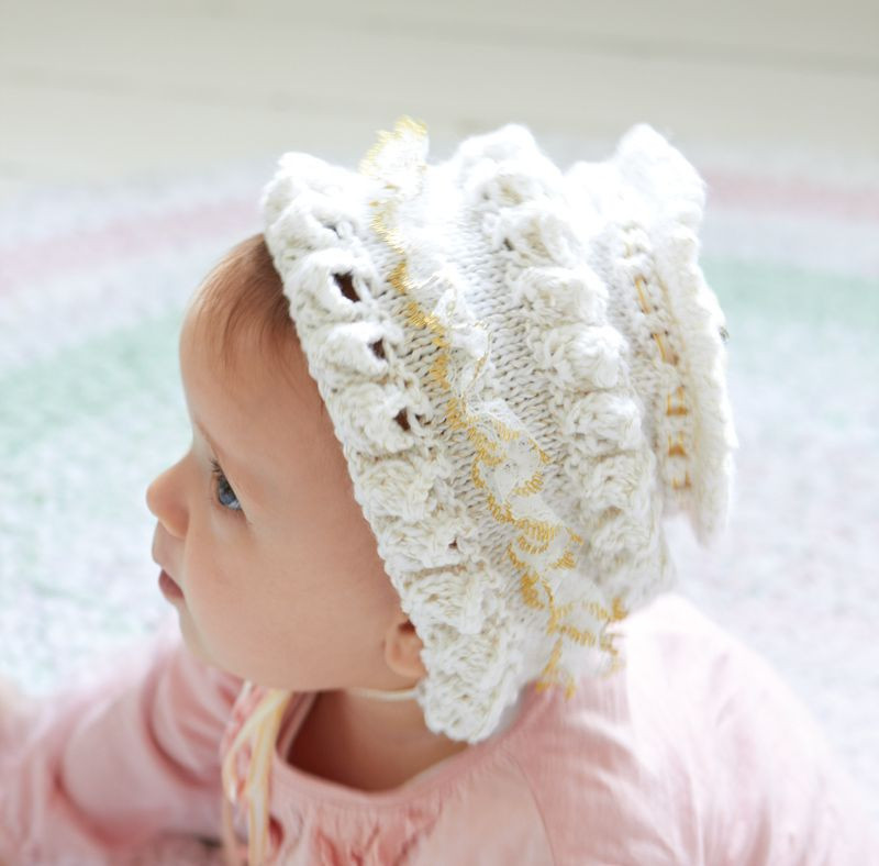 How to Make a Frilly Baby Bonnet free knitting pattern