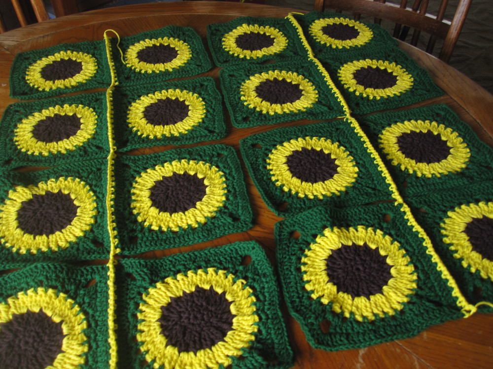 New Joining the Sunflower Afghan Sunflower Afghan Of Delightful 32 Pics Sunflower Afghan