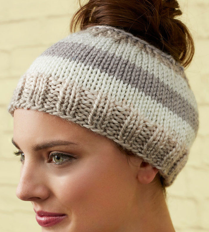 New Messy Bun and Ponytail Hat Knitting Patterns Free Knitting Pattern for Ponytail Hat Of Delightful 43 Models Free Knitting Pattern for Ponytail Hat