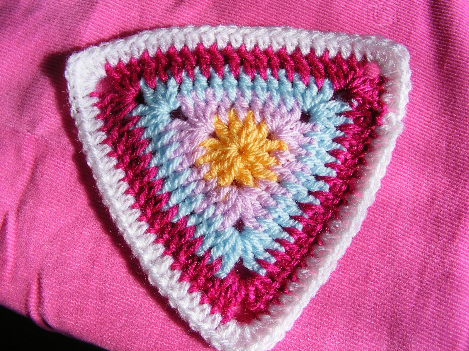New Pinkfluffywarrior Crochet Flower Bunting Triangles Crochet Triangles Of Charming 42 Images Crochet Triangles