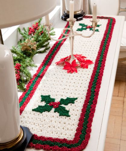 New Red Heart Holiday Holly Table Runner Crochet Pattern Free Crochet Table Runners Of Gorgeous 50 Models Crochet Table Runners