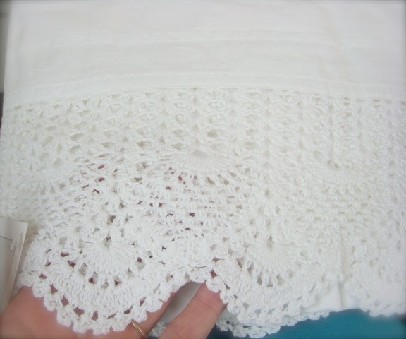 New Shabby White Crochet Lace Chic White Bedskirt Full Bed Crochet Bed Skirts Of Gorgeous 41 Pics Crochet Bed Skirts