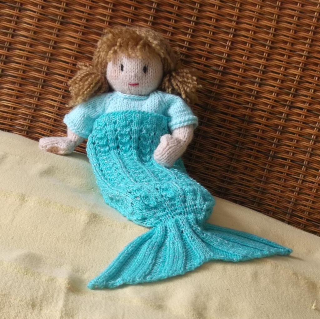 New Splash Doll S Mermaid Blanket by Claire Fairall Craftsy Mermaid Tail Knitting Pattern Of Awesome 40 Pictures Mermaid Tail Knitting Pattern